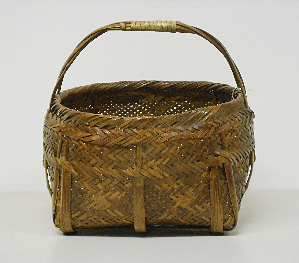 Cesta in rattan e bamb vendita online damodara for Vendita bambu