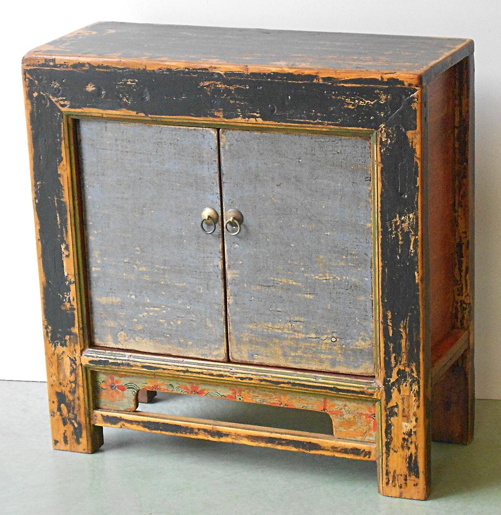 Credenza colorata mongolia vendita online damodara for Credenza colorata